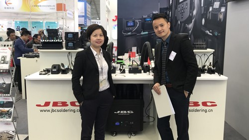 Pictured left to right: Indium Corporation Area Tech Manager for Eastern China Wisdom Qu; and JBC Soldering Tools China Sales Manager Billy Shen.